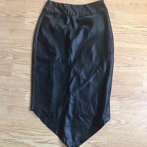 MinkPink Faux Leather Skirt sz XS